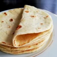 Homemade Tortillas (Soft Flour Tortilla Recipe)
