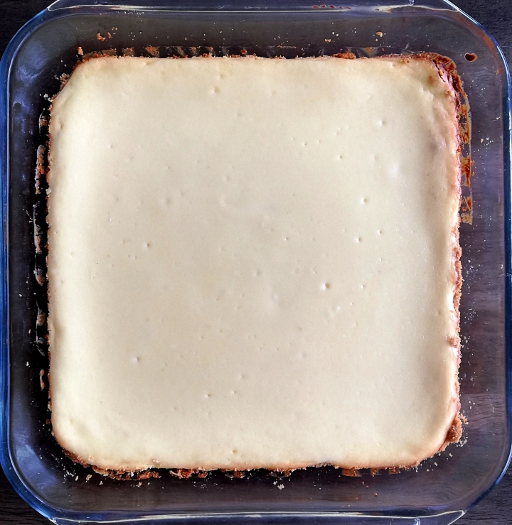 baked and cooled cheesecake