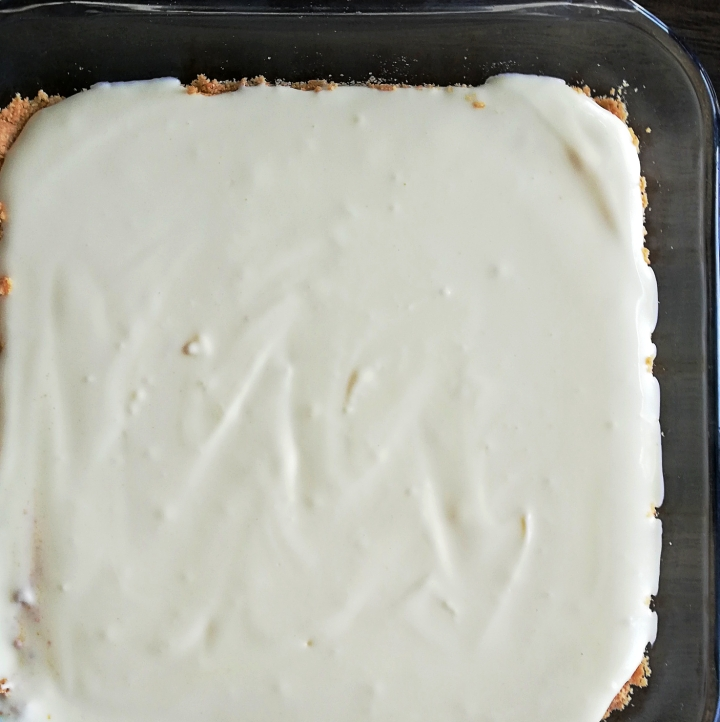 cheesecake crust and filling ready to bake